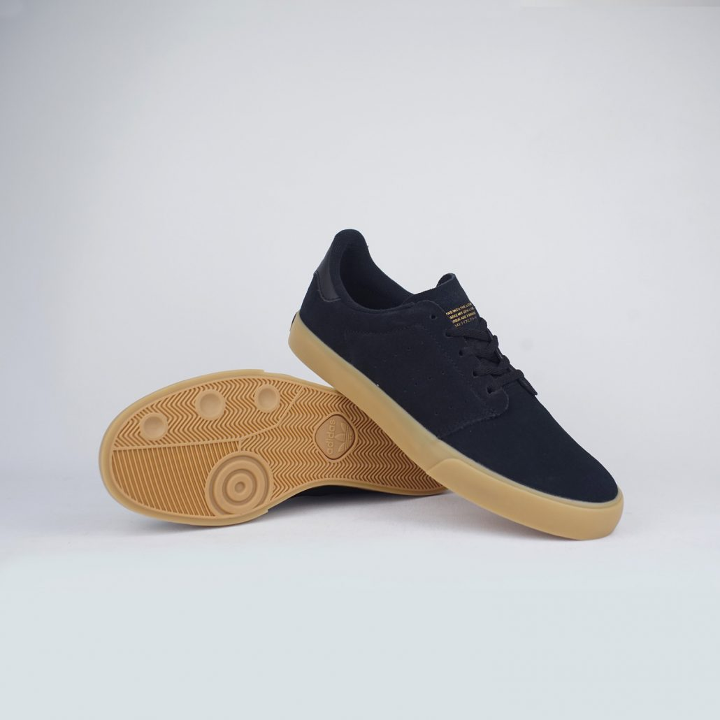 Seeley-Court-Core-Black-Gum