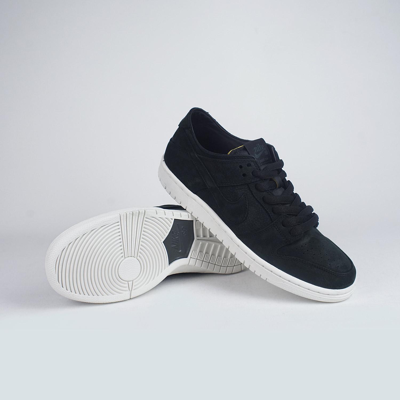 82afb98edb8a Nike SB Zoom Dunk Low Pro Deconstructed Black White – LOBBY