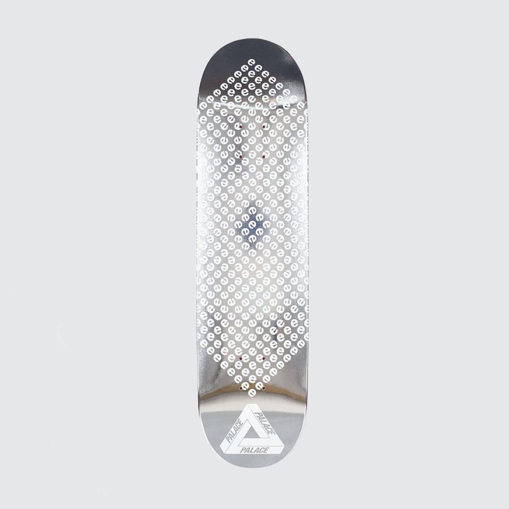 Palace-Skateboards-E2-80