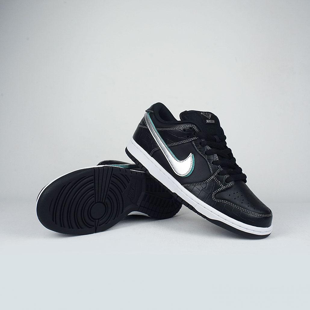 release date 0b6c7 8fbb3 Nike SB x Diamond Supply Co Dunk Low Pro OG QS Black/Black-Chrome