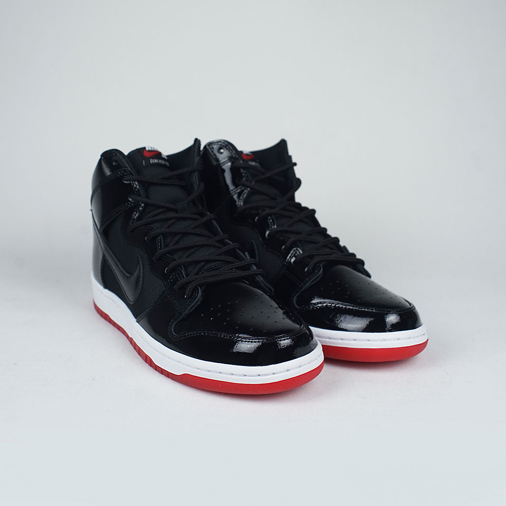 81f9564e4cc6 Nike SB Zoom Dunk High TR Bred QS Black Black White Varsity Red – LOBBY