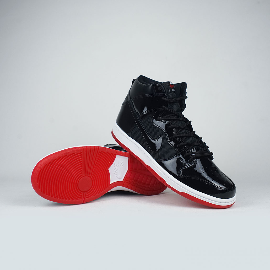 NikeSB-Zoom-Dunk-High-TRD-QS-Black-White-Varsity-Red-Rivals-Pack
