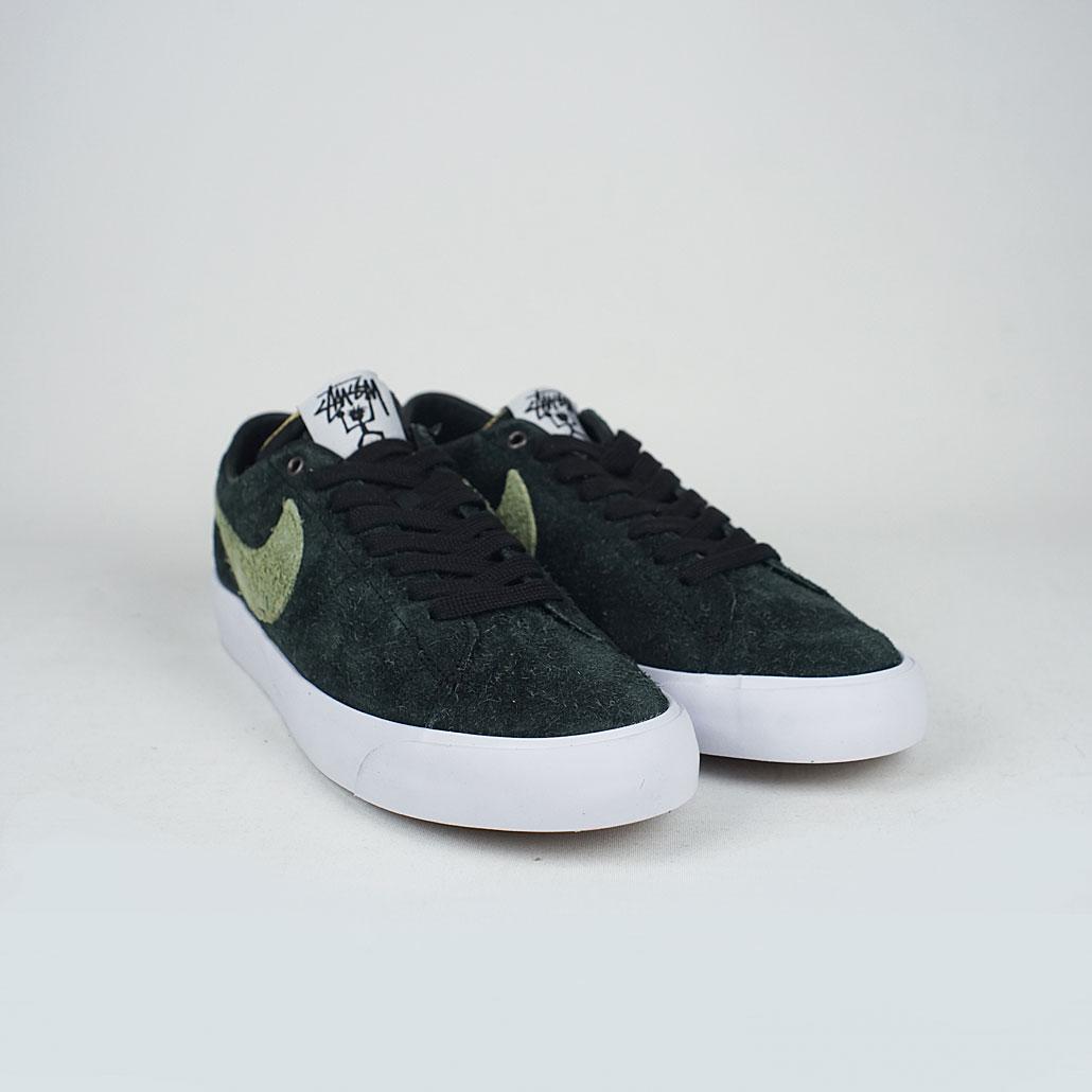 8f67bc907fe0 Nike Sb X Stussy Zoom Blazer Low QS Black Palm Green – LOBBY