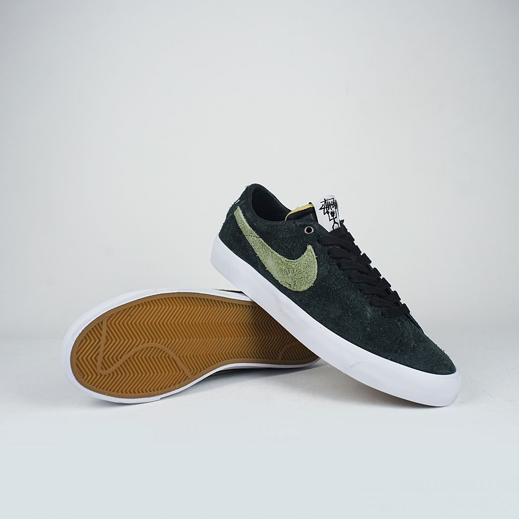 79f88e41152 Nike Sb X Stussy Zoom Blazer Low QS Black Palm Green – LOBBY