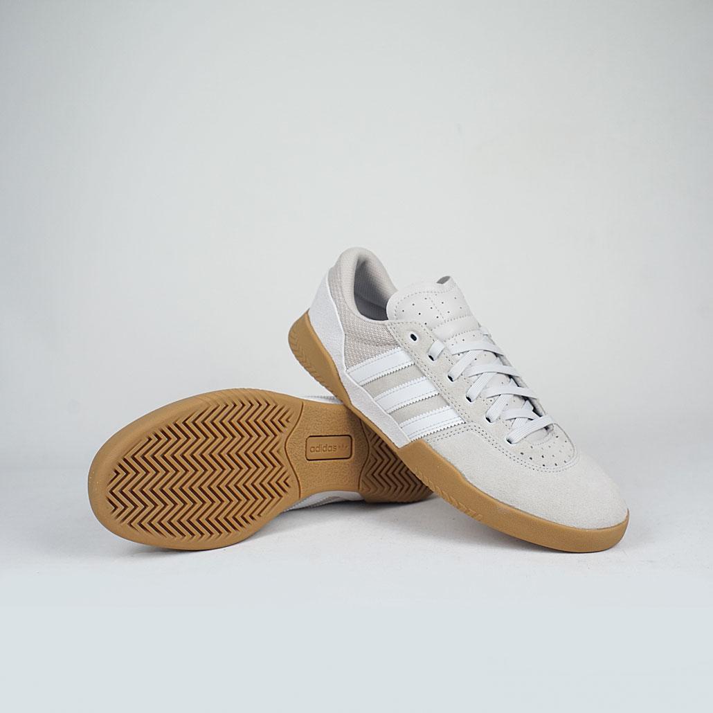 Adidas-Skateboarding-City-Cup-White-Chapea-Gum