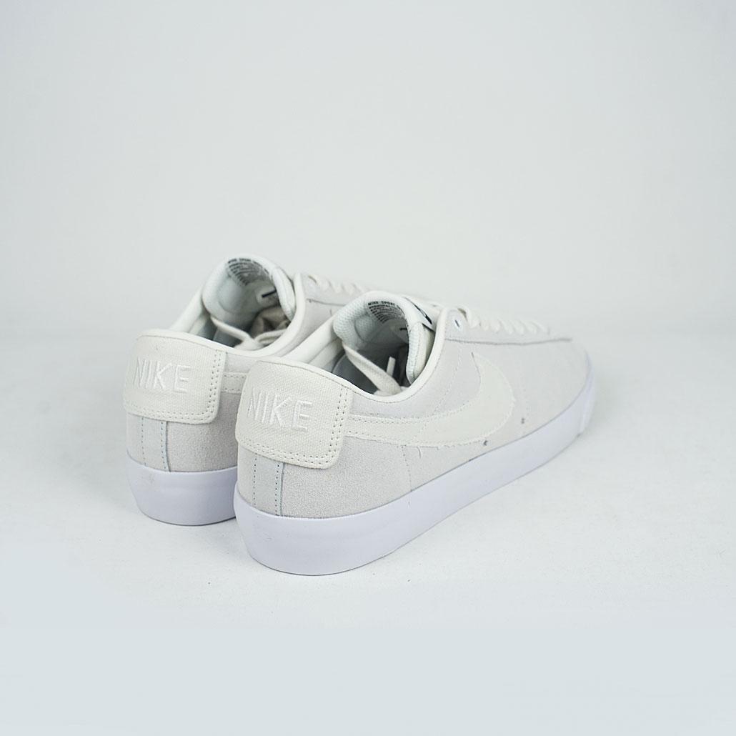 sale retailer 63388 3a795 Nike SB Zoom Blazer Low GT Summit White/Summit White