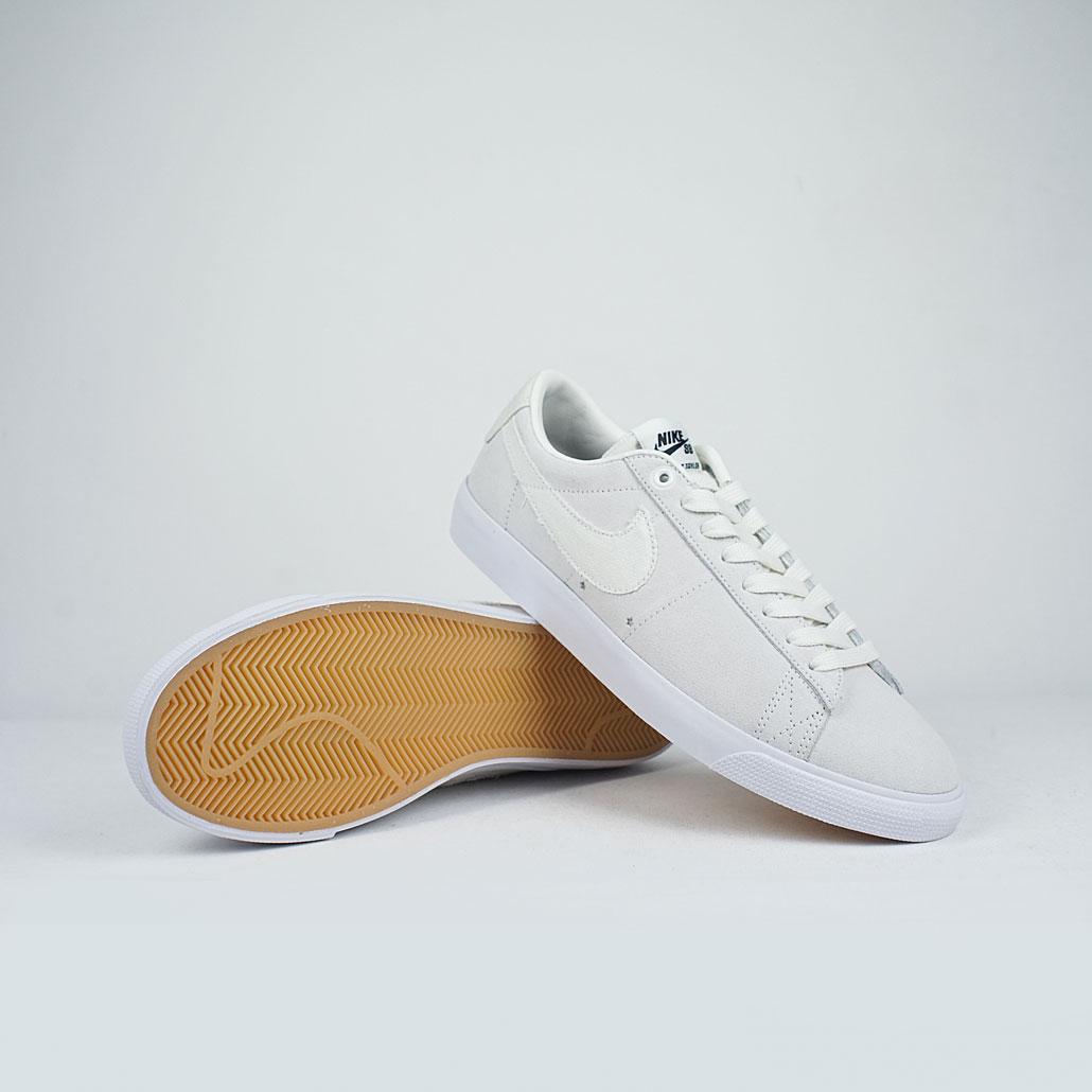 Nike-SB-Zoom-Blazer-Low-Grant-Taylor-Summit-White