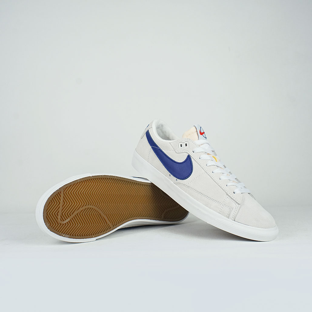 hot sale online 0a67f 2b377 Nike SB x Polar Zoom Blazer Low GT QS Summit White/Deep Royal Blue